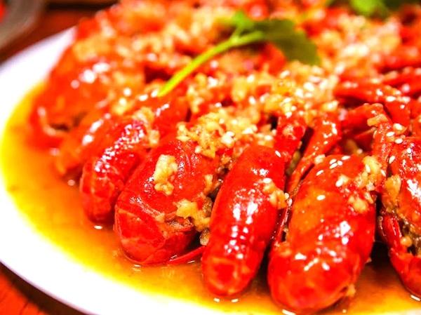 特色蒜蓉龙虾